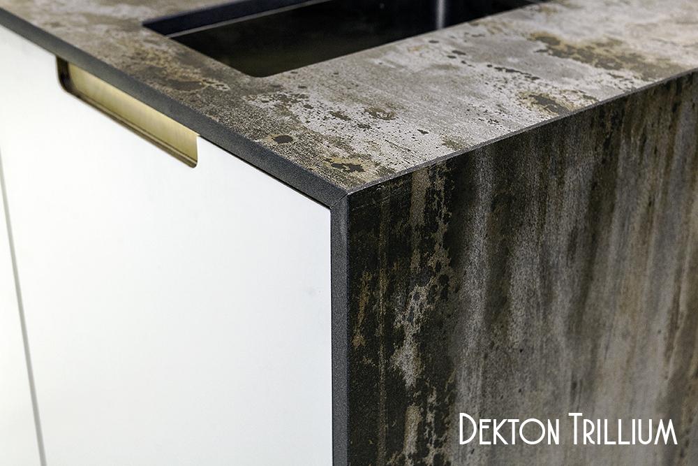 Dekton Trillium w mitred gable end